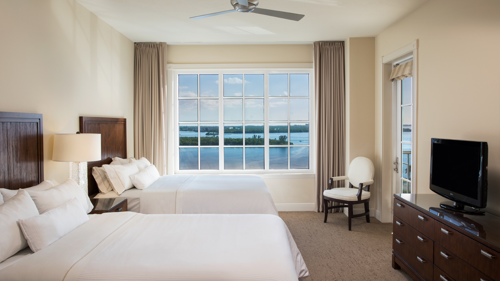 Superior Deluxe Rooms | The Westin Cape Coral Resort at Marina Village