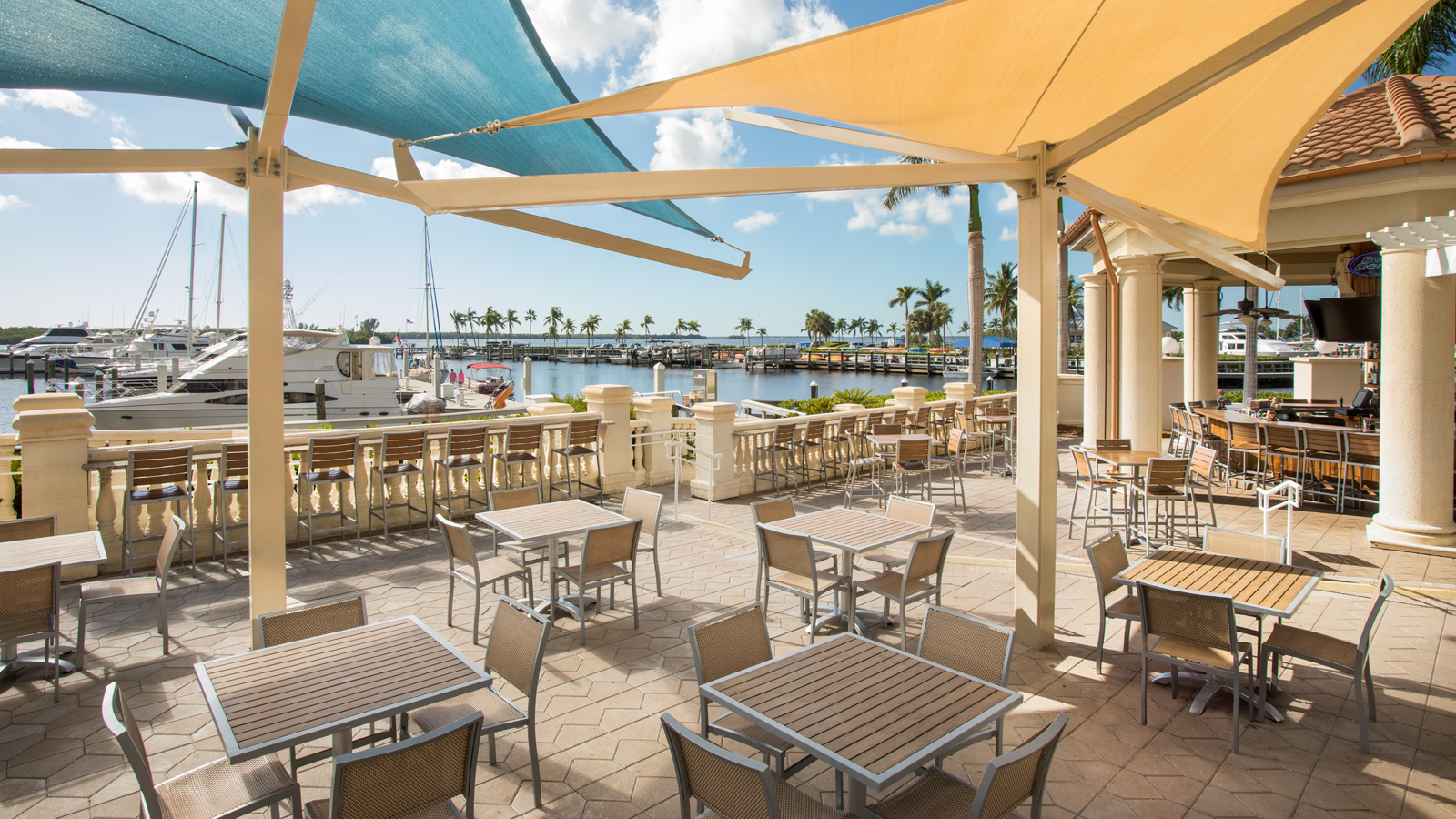 The Nauti Mermaid Dockside Bar & Grill | The Westin Cape Coral Resort